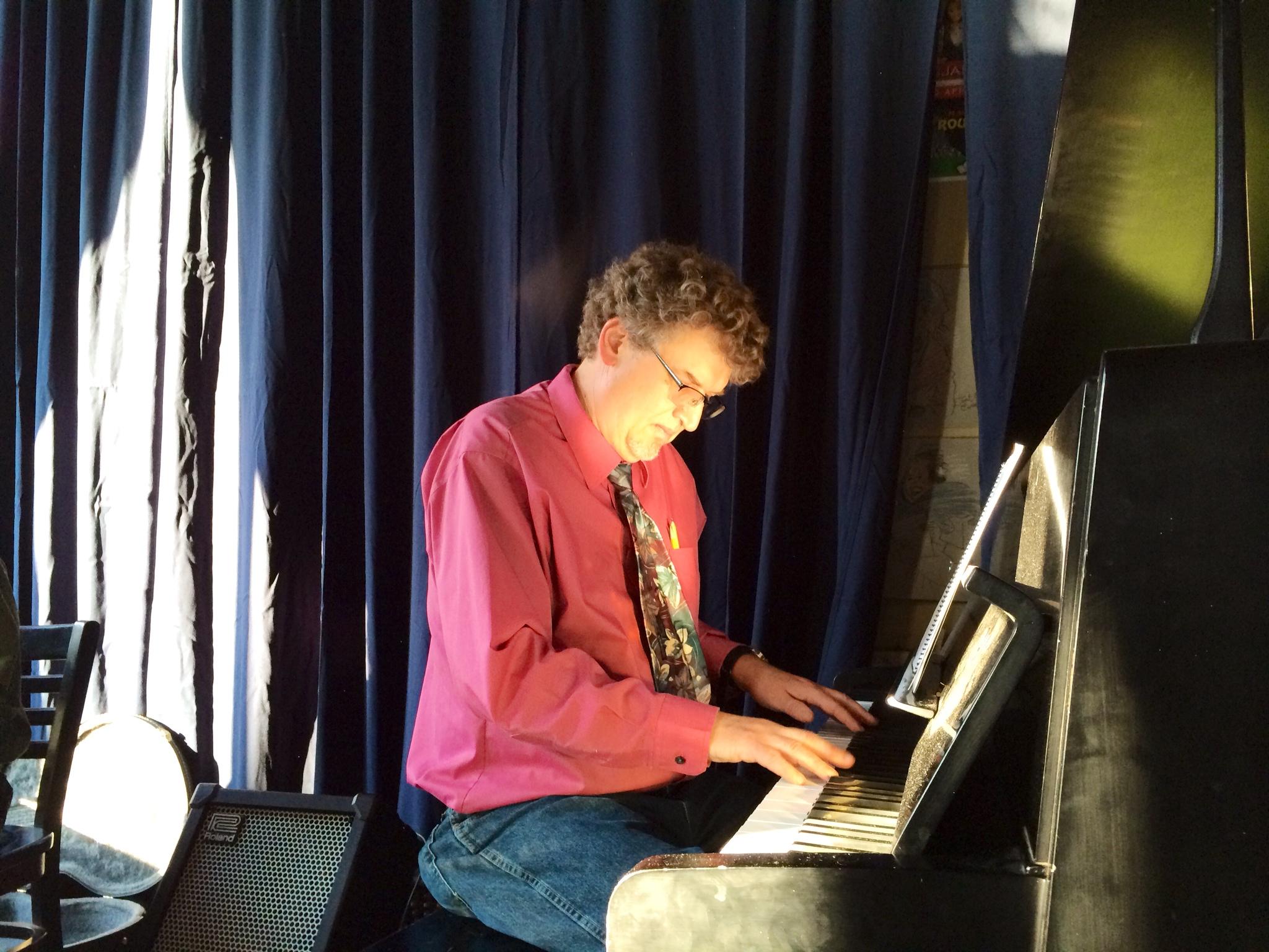 todd-piano-sun-